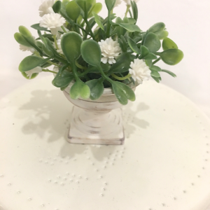 Table blanche vase 1